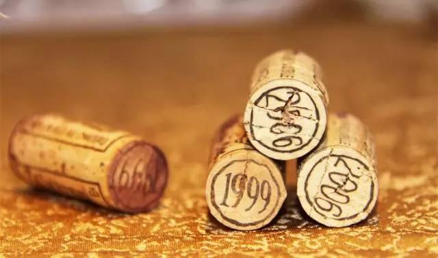 软木塞、螺旋盖,你知道的葡萄酒瓶塞还有哪些?